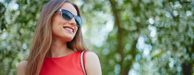 435e15396 Chystáte sa na dovolenku a ešte nemáte slnečné okuliare? Príďte si ich  vybrať k nám. Teraz si ich môžete vybrať za bezkonkurenčnú cenu, ...
